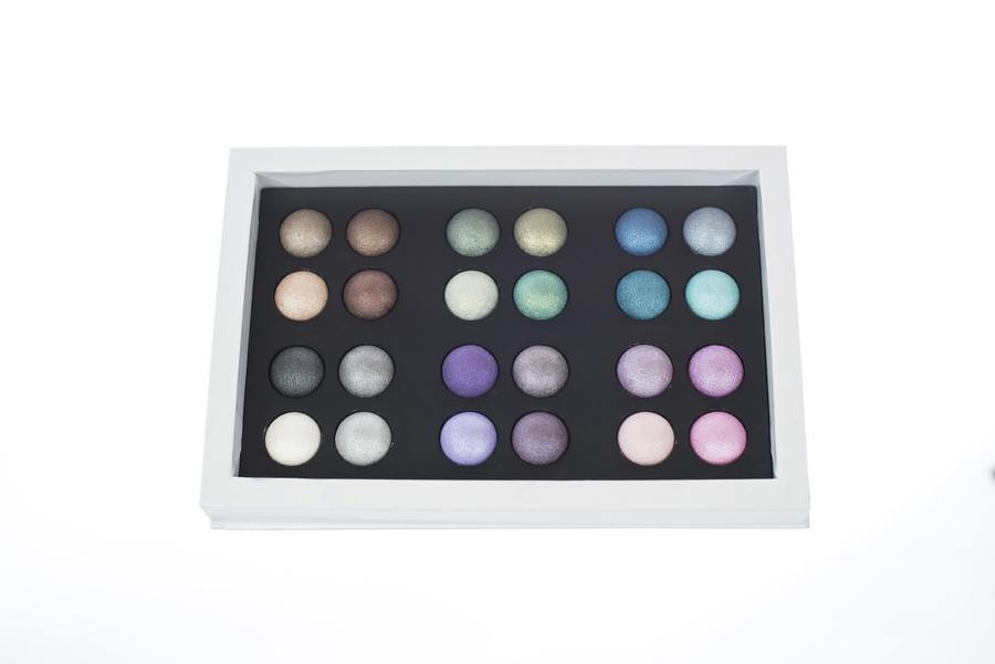 Hot Make Up Shadow Collection