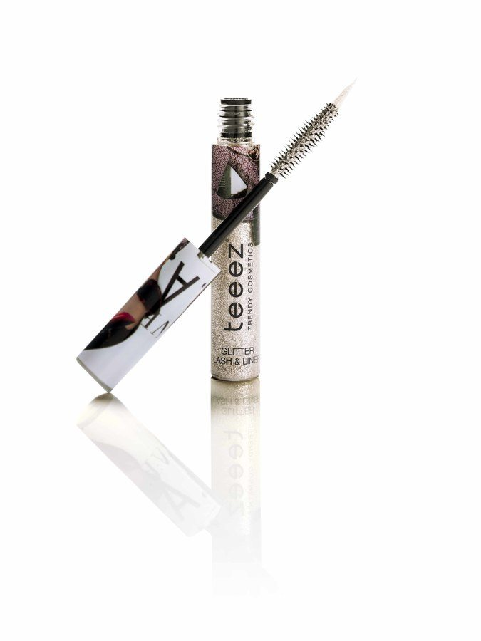 Teeez Trend Cosmetics City Trip Collection Glitter Gossip Lash & Liner Museum Night