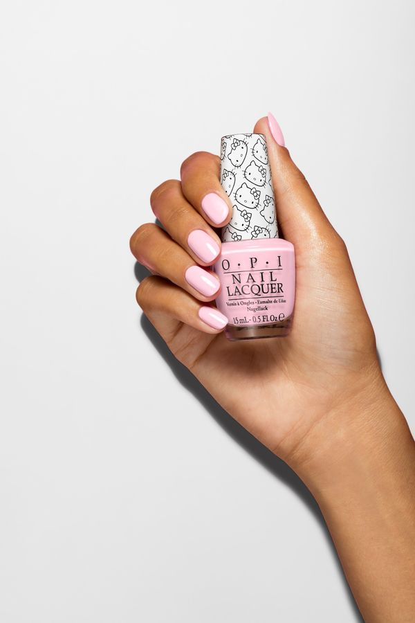 OPI Hello Kitty Collection Small + Cute = ? 15ml NLH84
