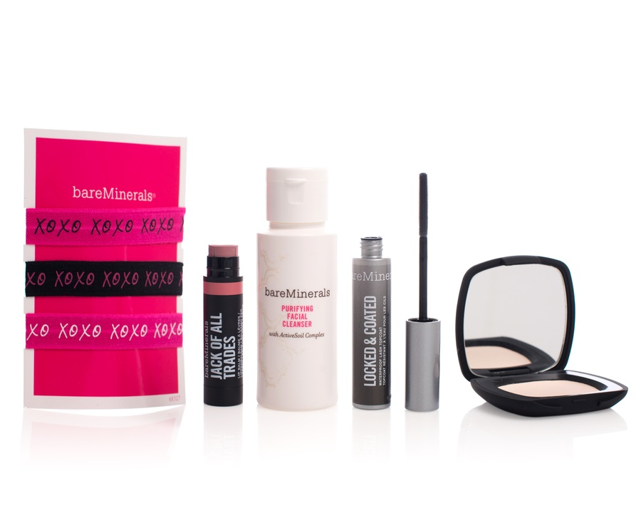 BareMinerals Fit & Fabulous Kit Lifestyle